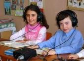 Волгоградский губернатор посетил школу-интернат для слабослышащих детей