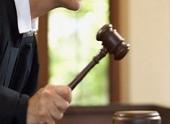 Экс-полицейского в Волгоградской области осудили за хищение и незаконный сбыт оружия