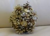 Волжские школьники научились делать новогодние подарки из природного материала