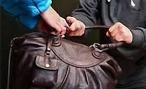 В Волгограде разыскивается молодая хулиганка, избившая женщину прямо на улице