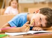 Раннее школьное расписание вредит учащимся