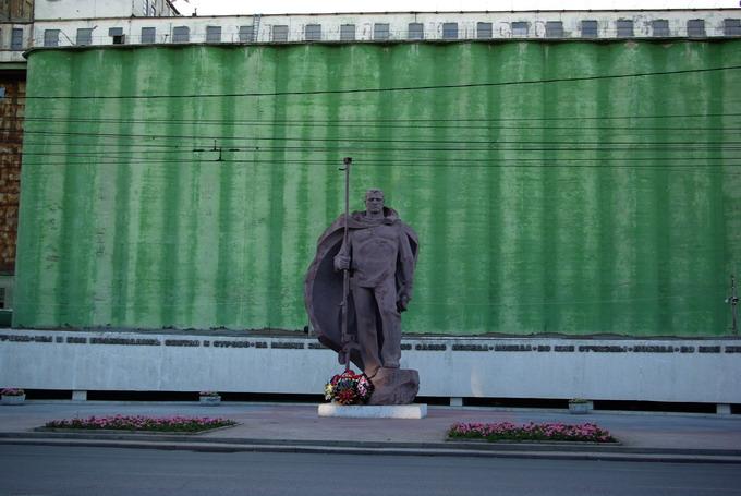 Фильм  Ворошиловский стрелок : актеры, сюжет, описание